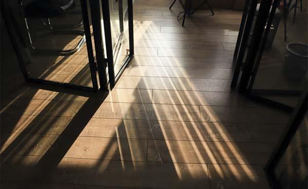 Vloerisolatie-een-vloer-geluidsdicht-maken-Doen