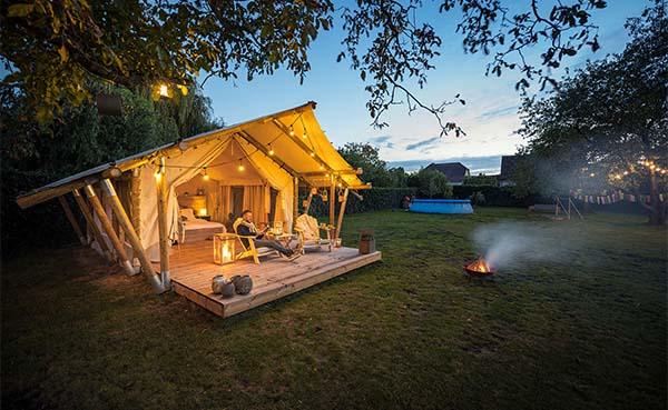 Glamping in safaristijl in je eigen achtertuin