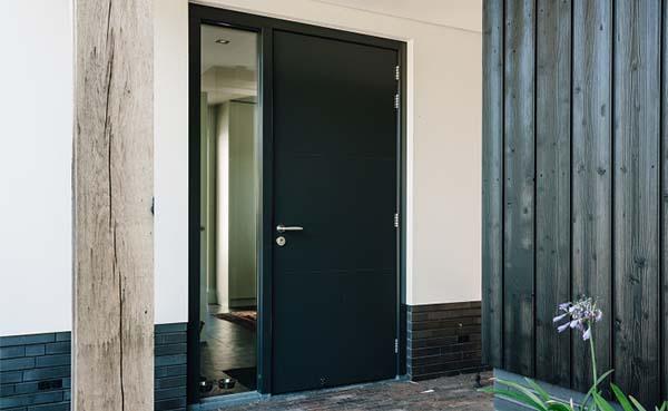 Geef je woning een nieuw gezicht met een nieuwe buitendeur