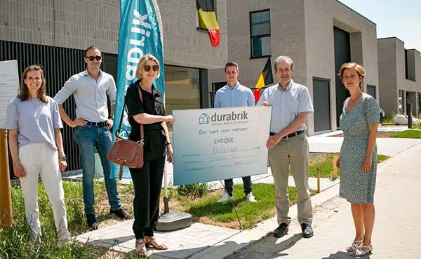 Durabrik schenkt 1.000 euro aan vzw Spoor 56