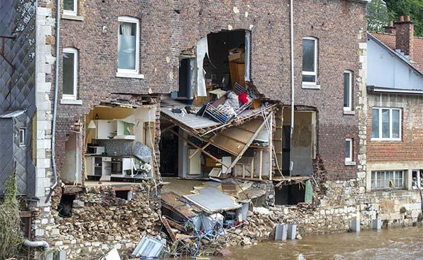 Noodweer: bouwsector roept aannemers op te helpen waar nodig