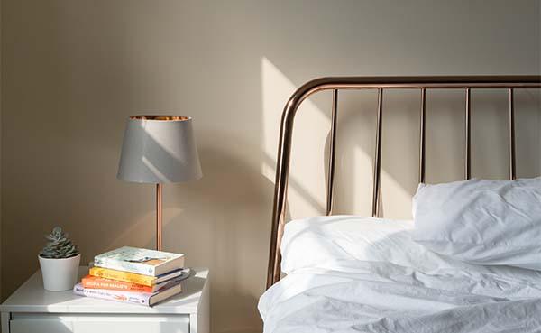 Creeer-een-oase-van-rust-in-jouw-slaapkamer-met-behulp-van-deze-tips