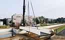 Specialisten plaatsen eerste composietbrug van stad Antwerpen