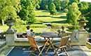 Een onderhoudsvriendelijke tuin met tuintegels 60x60